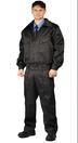 Черный мужской костюм охранника